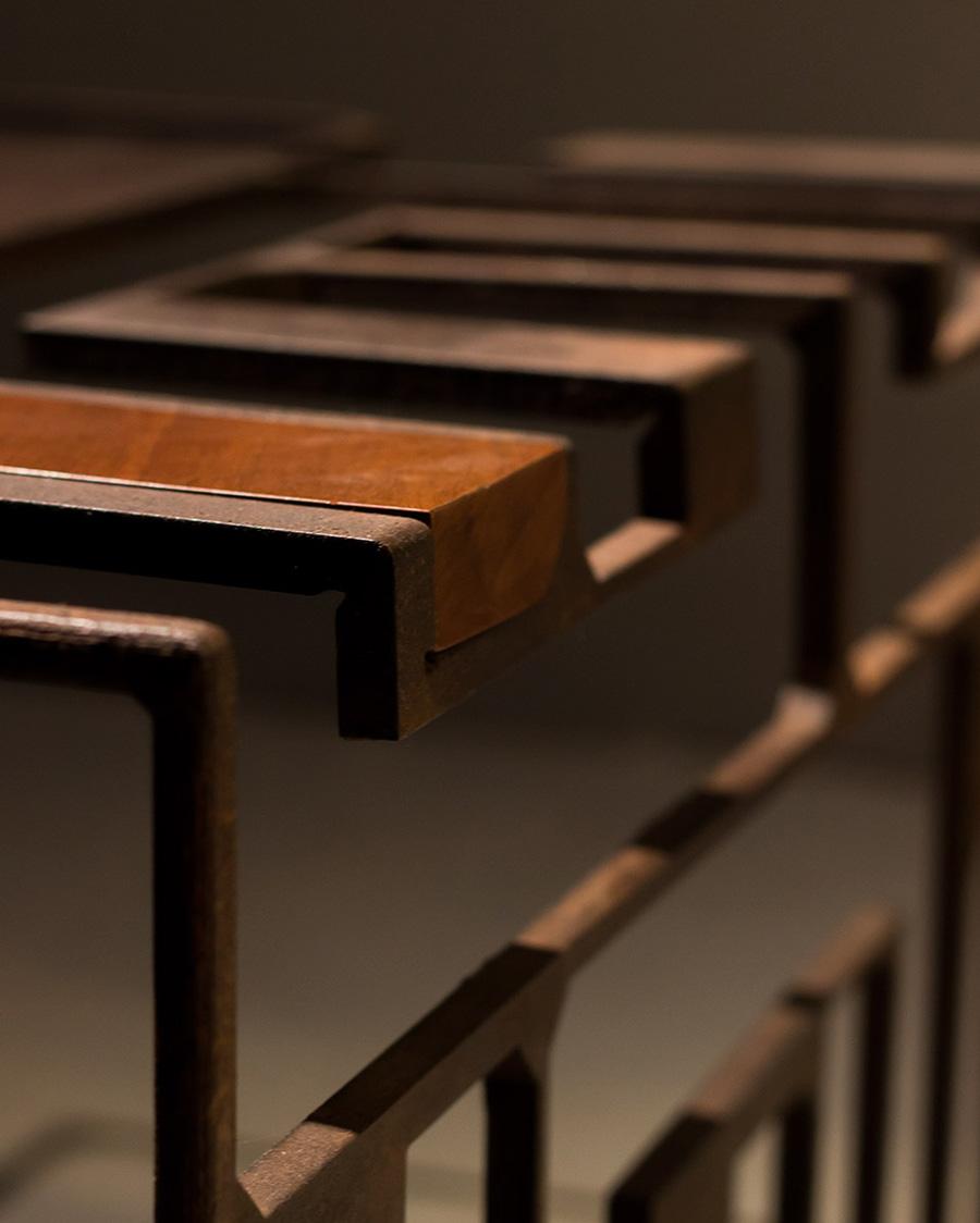 tavolo-basso-117-legnodirecupero-ferro01