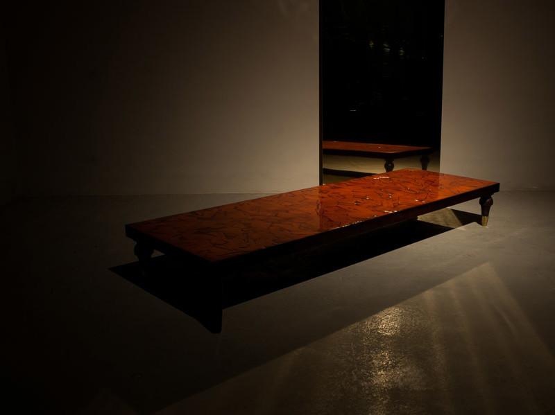 tavolo-basso145-spatolato-resinato-lucido